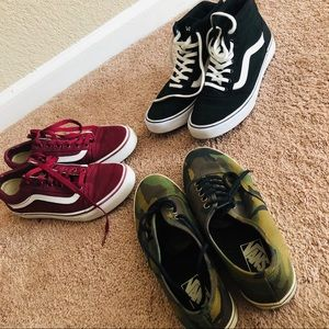 3 pairs of VANS! Excellent condition